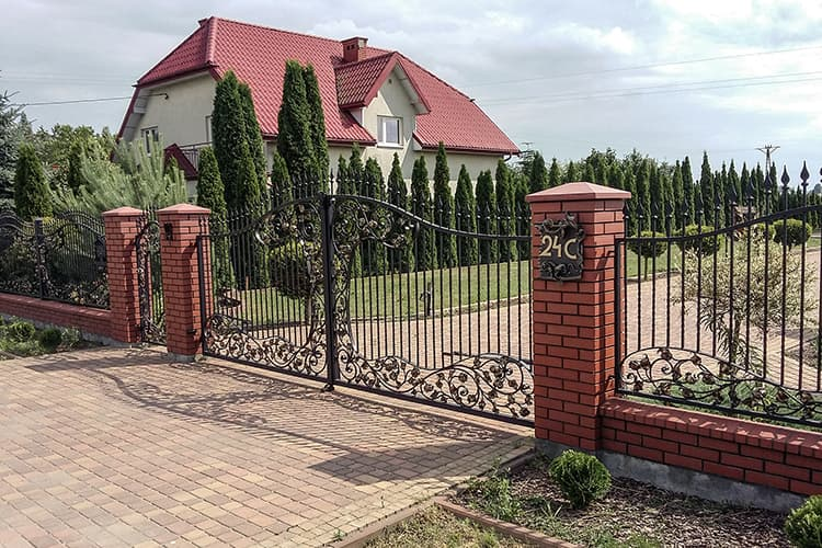 forged fence - single-family house - Warsaw Janki